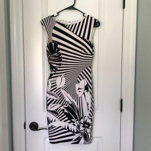 Cache size XS black and white dress.